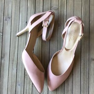 New Marc Fisher Heels Size 11